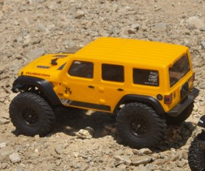 1:24 Axial SCX24 2019 Jeep Wrangler RC Rock Crawler  review