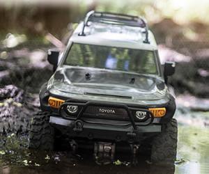 1:10 HPI Racing Venture Toyota FJ Cruiser Rock Crawler review