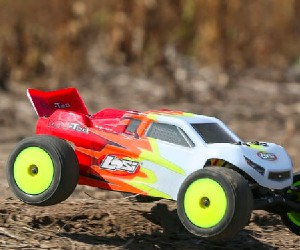 1:18 Losi RC Mini-T 2.0 2WD Stadium Truck review