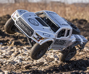 1:10 Losi Ford Raptor Baja Rey RC Desert Truck review