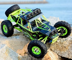 1:12 WLtoys RC Off-Road Rock Crawler, All Terrain Climbing Buggy review