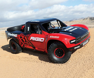 1:7 Traxxas Unlimited RC Desert Racer review