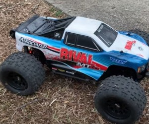 1:10 Team Associated Rival Monster Truck review