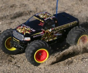 1:18 Losi Rammunition Mini Monster Truck review